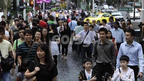 新加坡种族文化多元 高素质富裕人群利于民族和谐