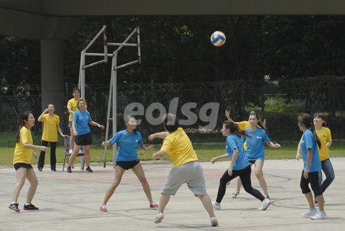 新加坡东亚管理学院篮球赛开赛