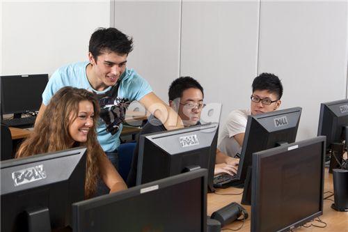 新加坡JCU大学有本科专业课程吗