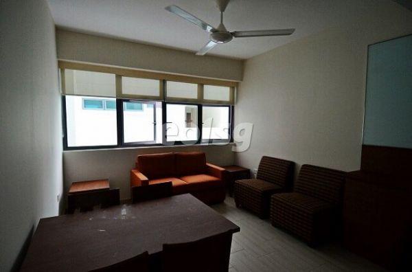 新加坡国立大学宿舍房间客厅