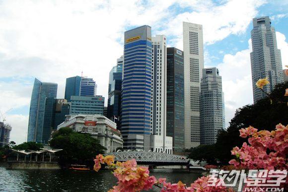 新加坡读计算机专业哪所大学好