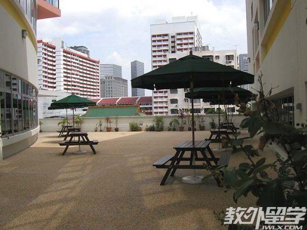 新加坡南洋艺术学院入读条件