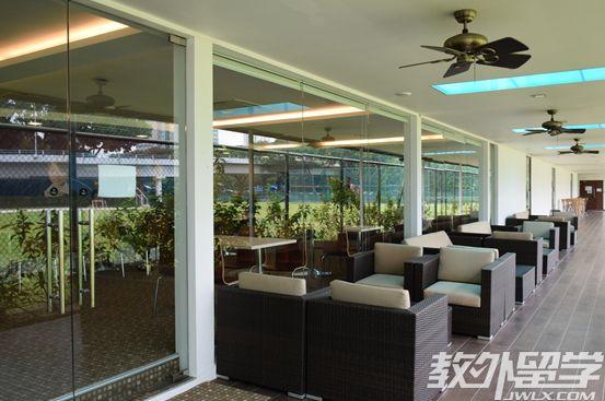 新加坡easb学院本科开学时间