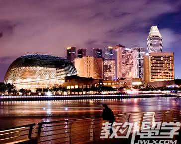 新加坡读专升本费用一览表