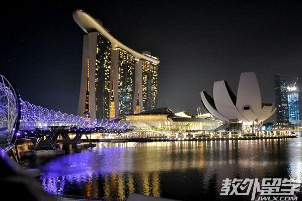 新加坡读专升本申请费