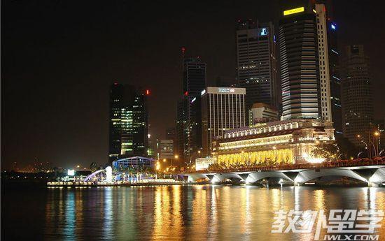 新加坡公立大学本科申请要求