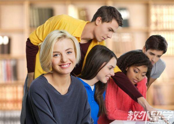 新加坡留学广告专业