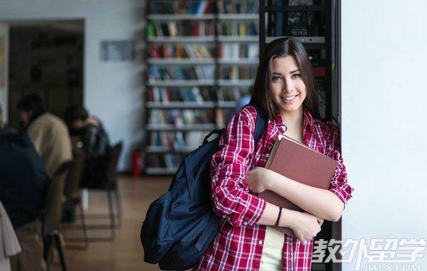 新加坡读会计专业费用
