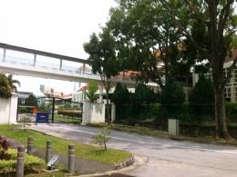 查看更多新加坡莱佛士书院图片